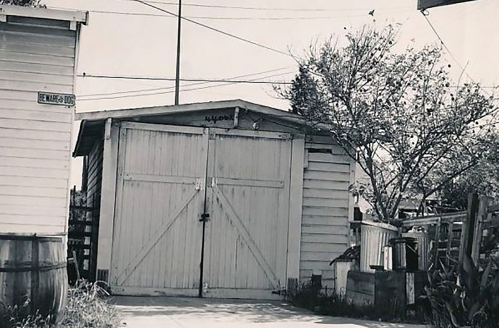 Walt Disney garage