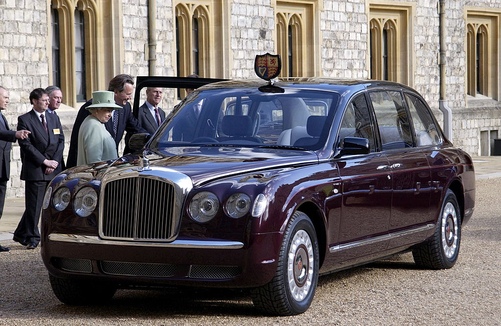Queen Elizabeth II At Windsor Castle Inspecting The New Bentley State Limousine Car