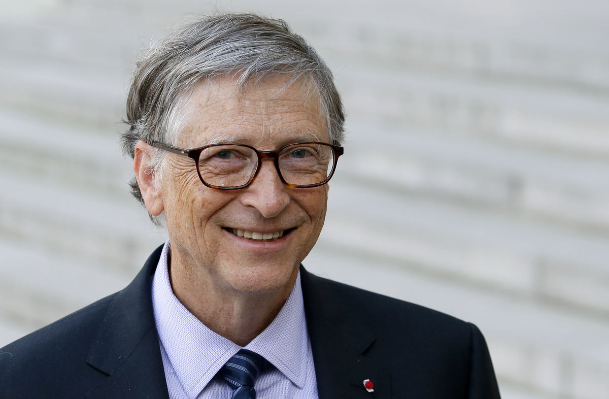 Co-chairman and co-founder of the The Bill and Melinda Gates Foundation, Bill Gates speaks to the media after his meeting with French president Emmanuel Macron at the Elysee Palace on April 16, 2018 in Paris, France.