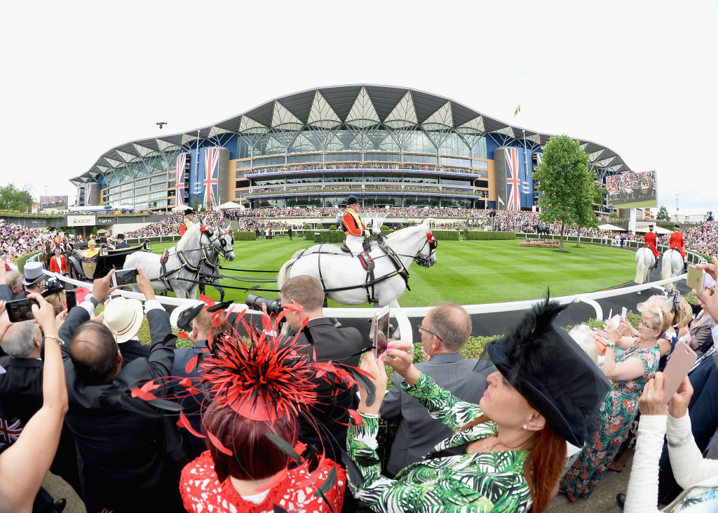 the ascot racecourse is located six miles from Windsor Castle