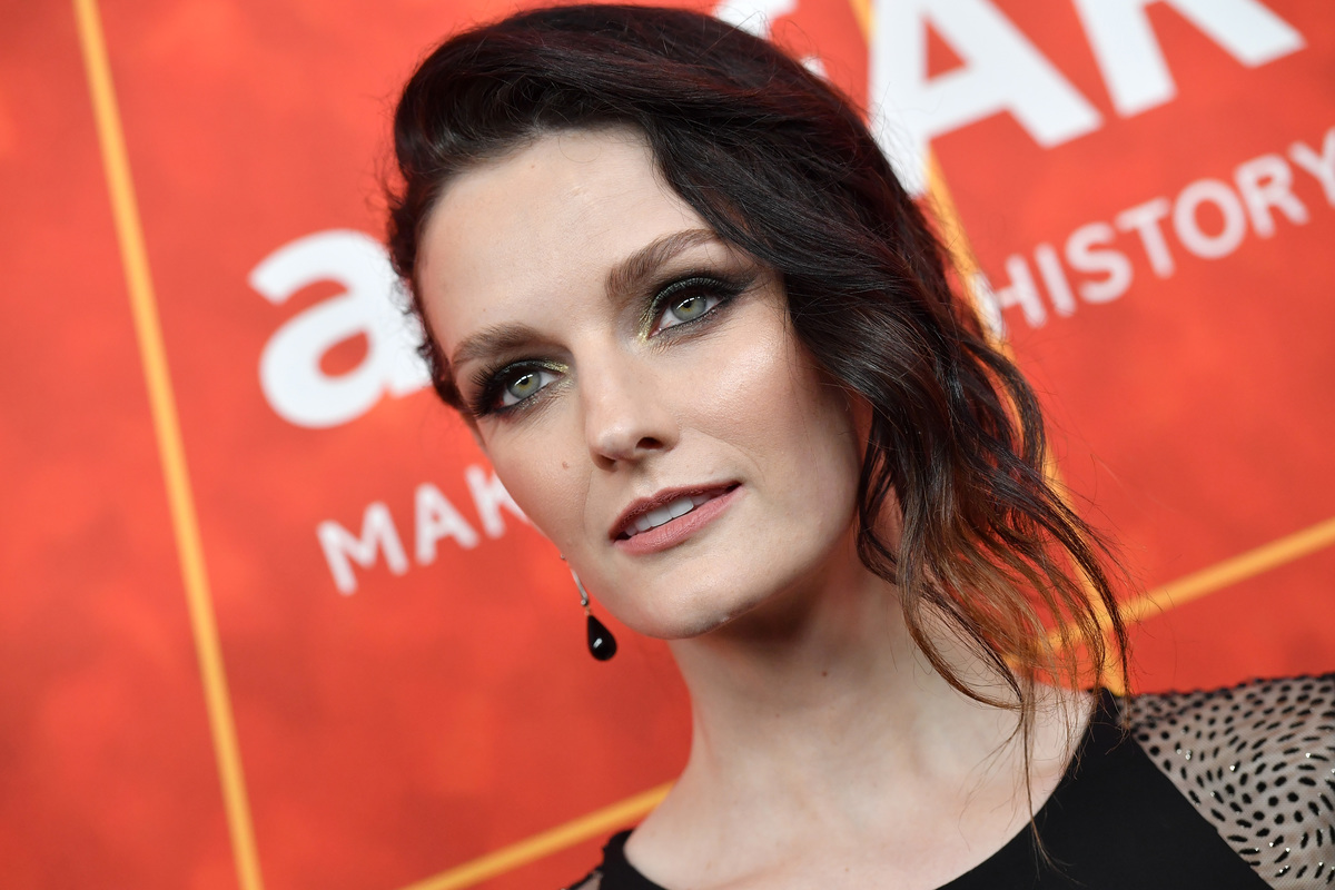 Lydia Hearst attends the amfAR Gala Los Angeles 2018 at Wallis Annenberg Center for the Performing Arts on October 18, 2018 in Beverly Hills, California.