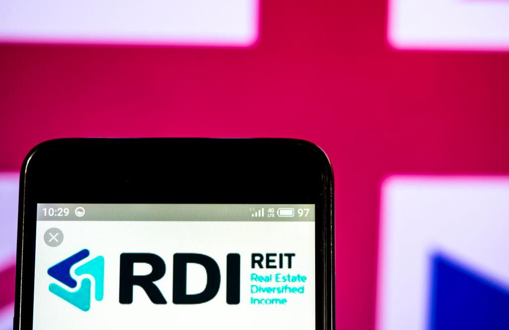 REIT -1132816604