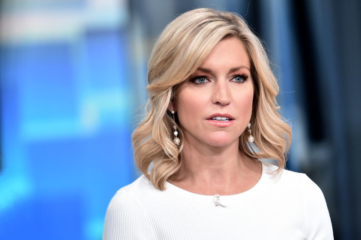 Fox News anchor Ainsley Earhardt interviews the former CEO of Starbucks on Fox & Friends on Fox News