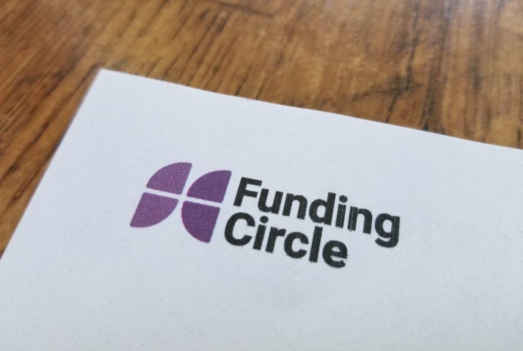 Peer-to-Peer Lending -1144590898