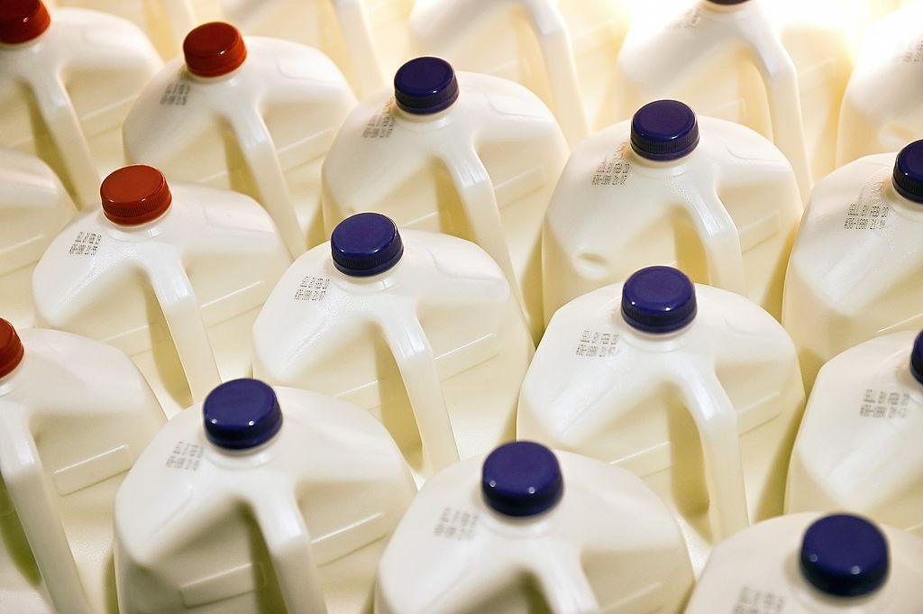 Milk -170489045