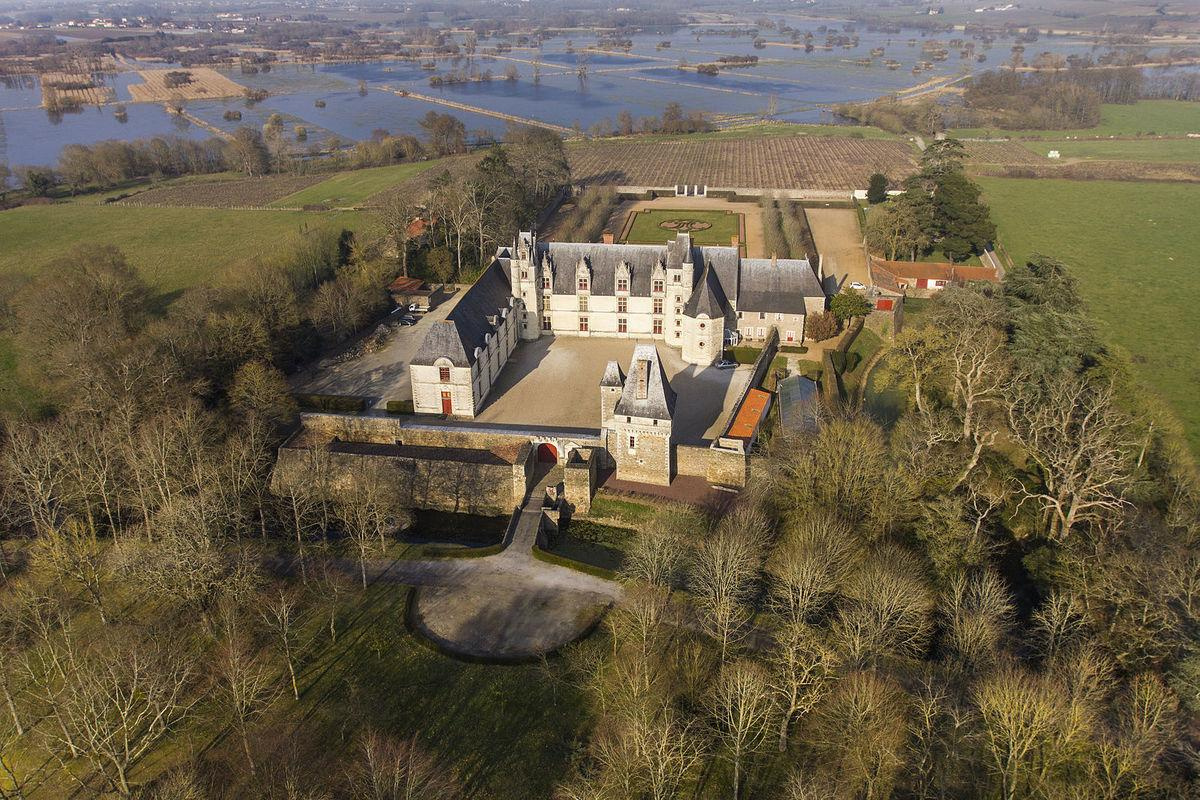 drone view of Château de Goulaine Winery
