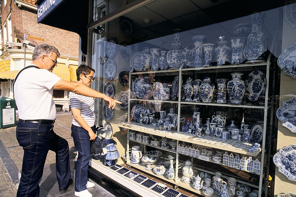 Royal Delft  pottery