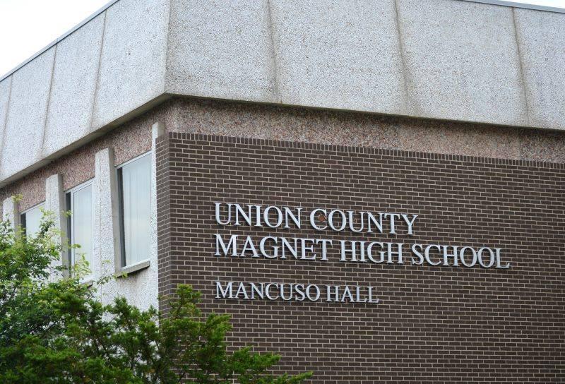 48959184_23265Union County Magnet High School23840909391_2068495840762134528_n