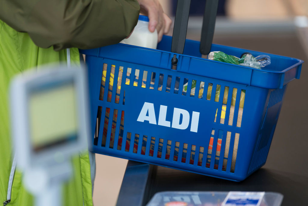 Aldi-shopping-basket-1029461210