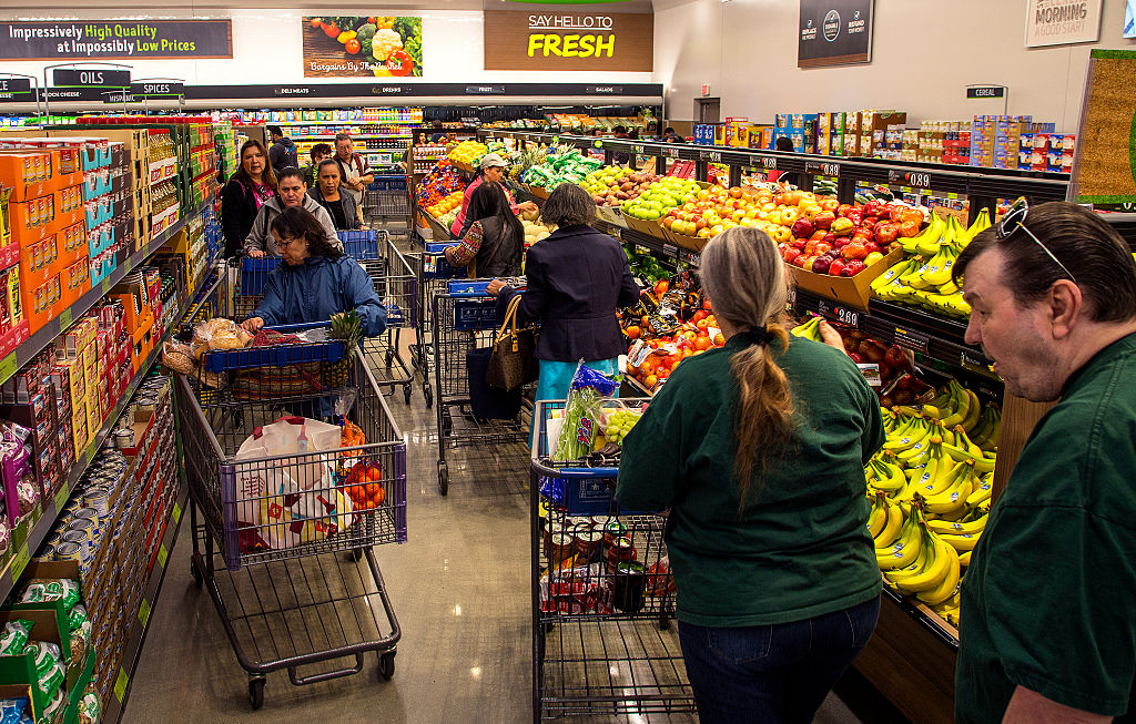 aldi-grocery-store-517289236