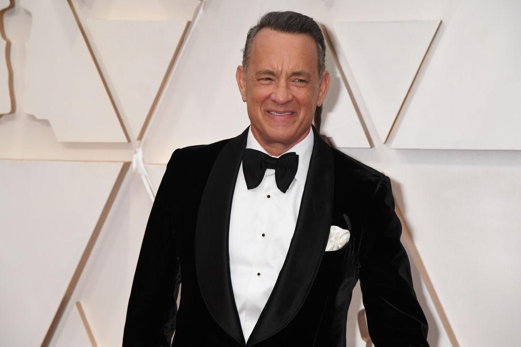 tom hanks wearing a tuxedo on the oscars red carpet