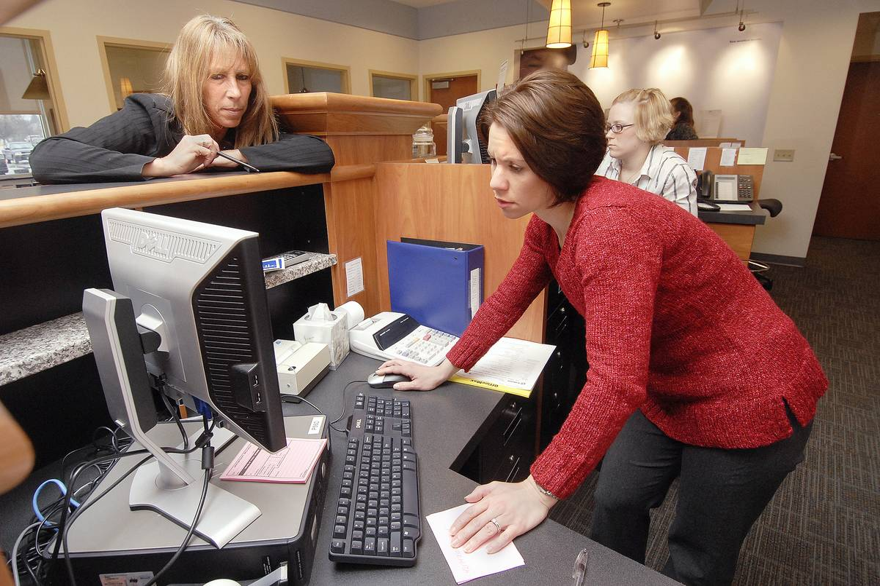 Bank Branch and Savings Rates