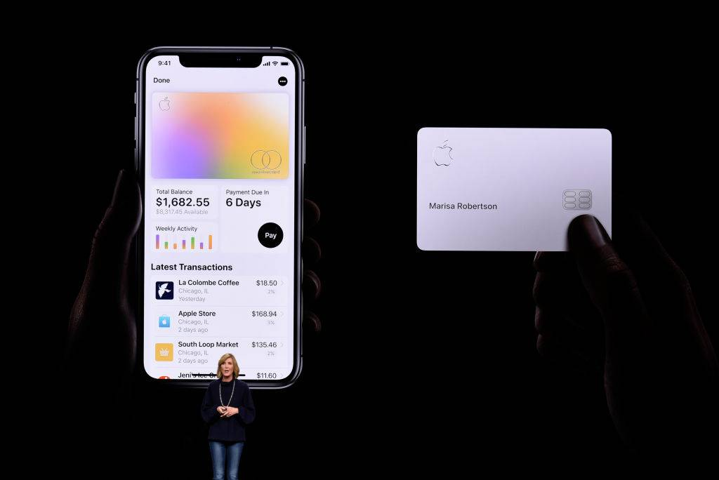 Apple-card-2020-1132776610