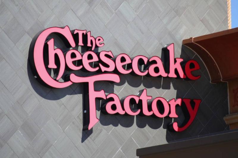 cheesecake-factory-1214966902