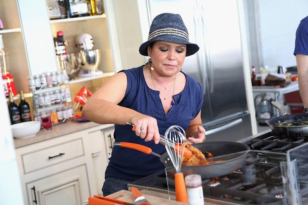 Rachel Ray cooking