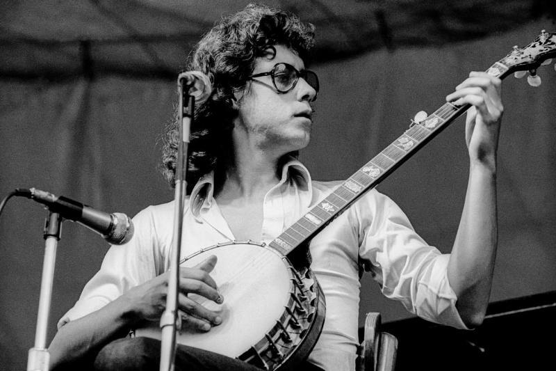 Arlo Guthrie - $5,000
