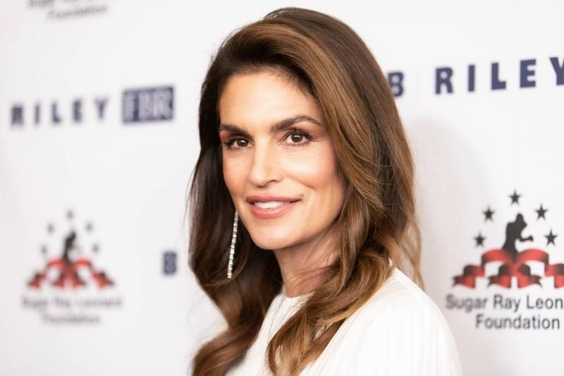 Cindy Crawford: Wallpaper For Her House