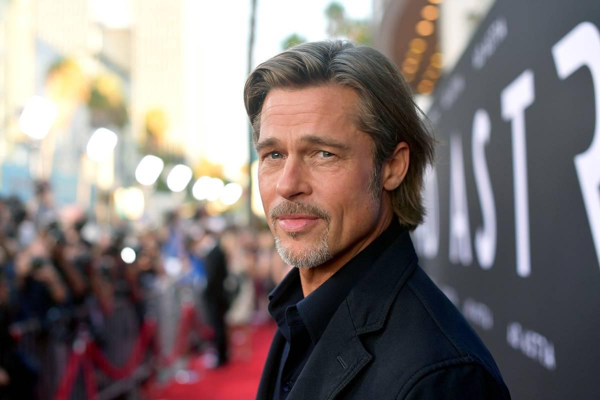 Brad Pitt: A Chair And A Lamp
