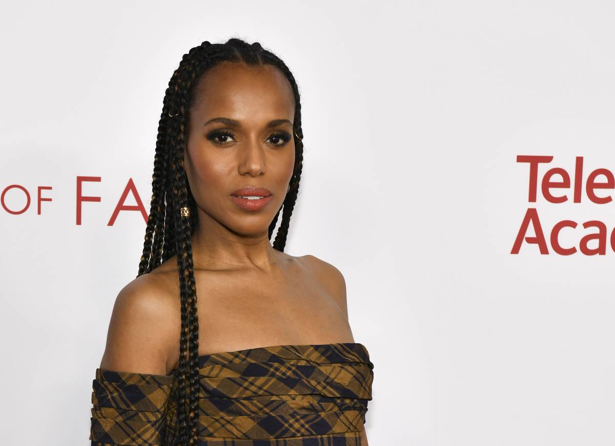 Kerry Washington: Hid It Under Her Bed Then Bought A Laptop