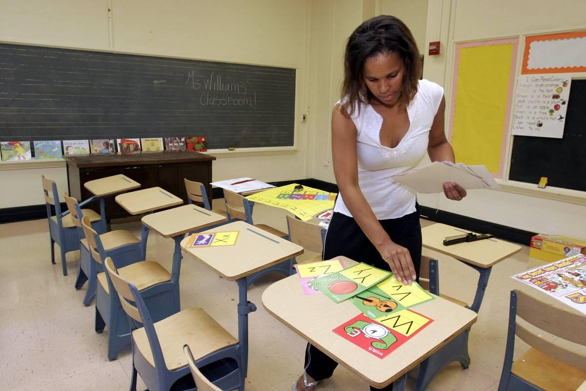A Texas teacher prepares her classroom.