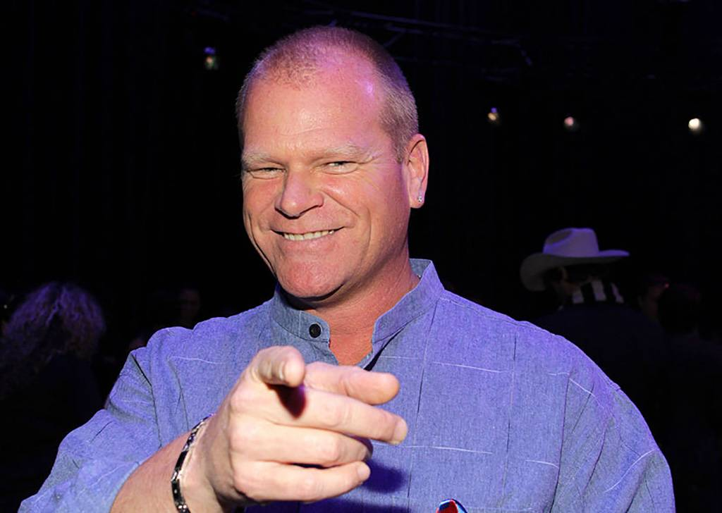 Picture of Mike Holmes