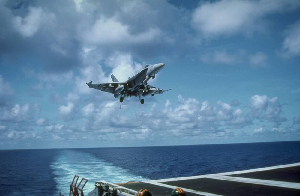 18. McDonnell Douglas FA-18 Hornet