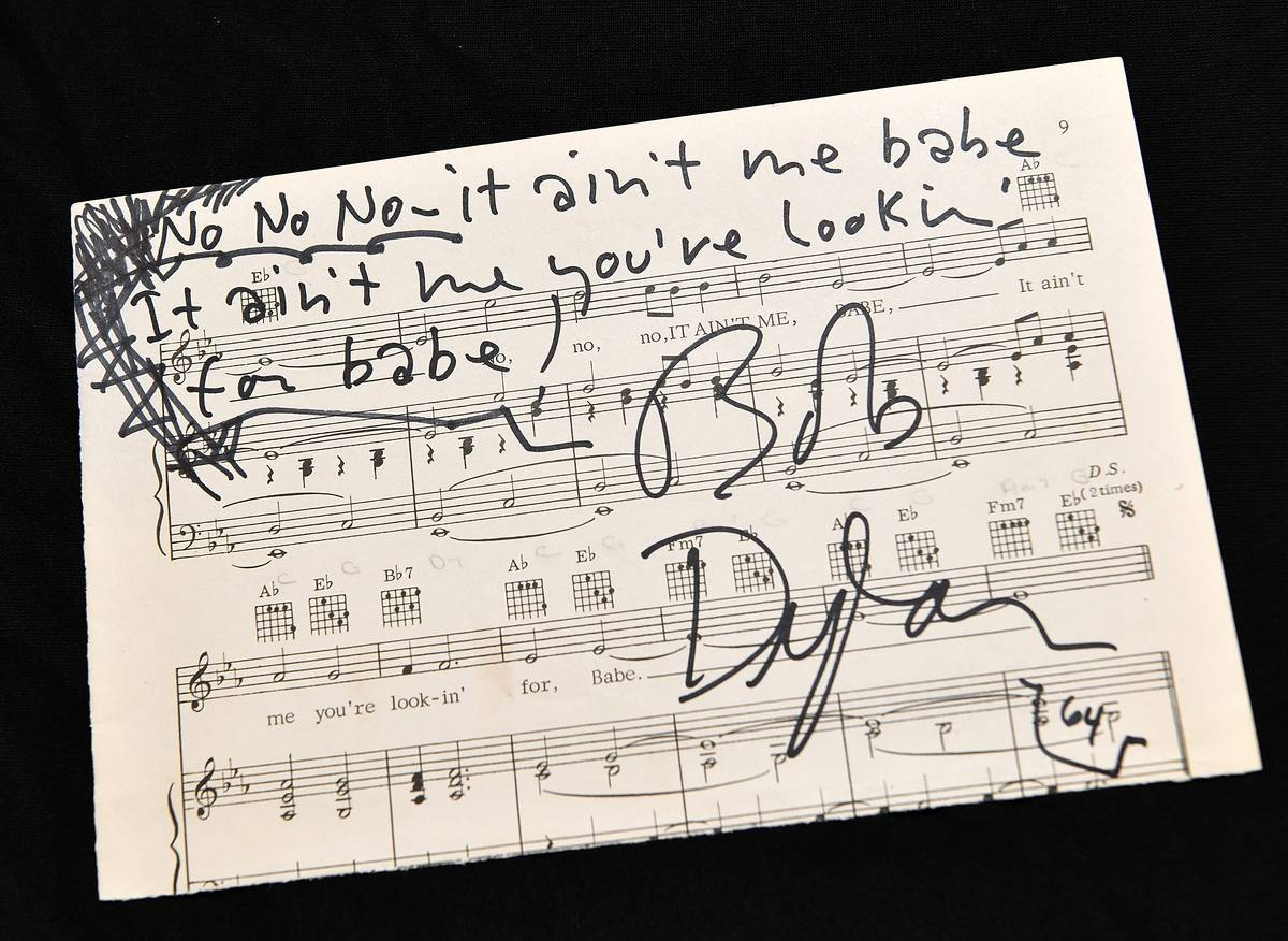 Bob Dylan: $1,275