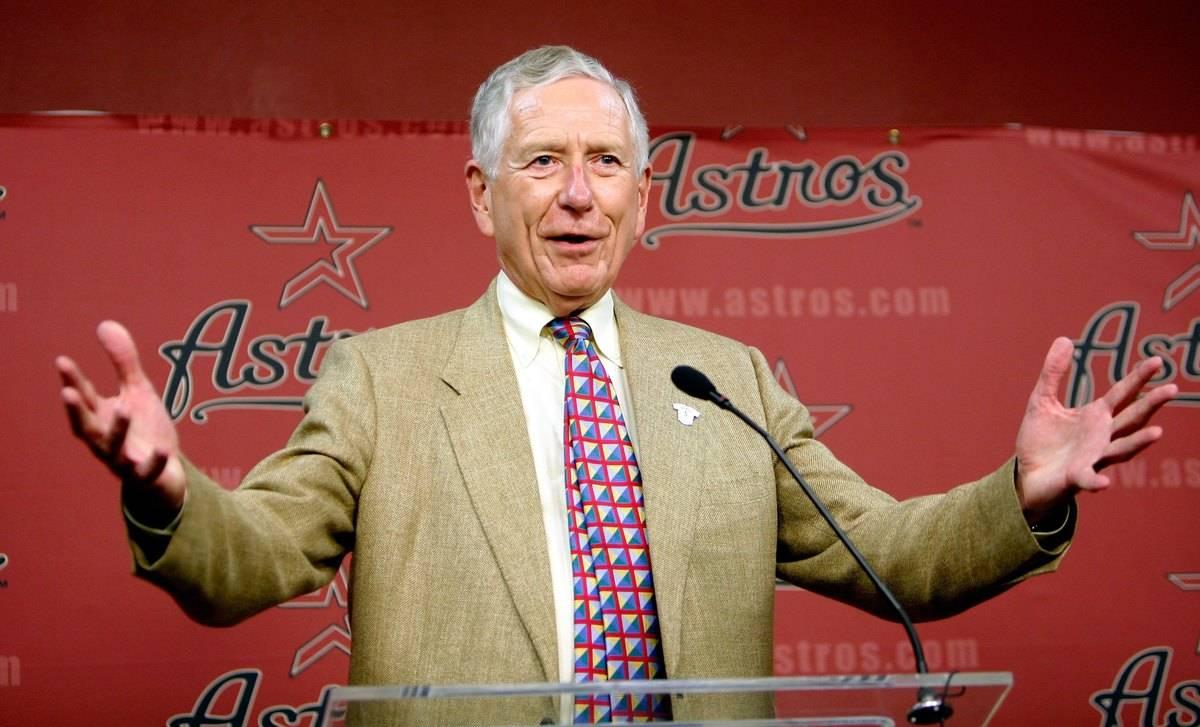 Drayton McLane Jr. announces new staff changes for the Houston Astros management.