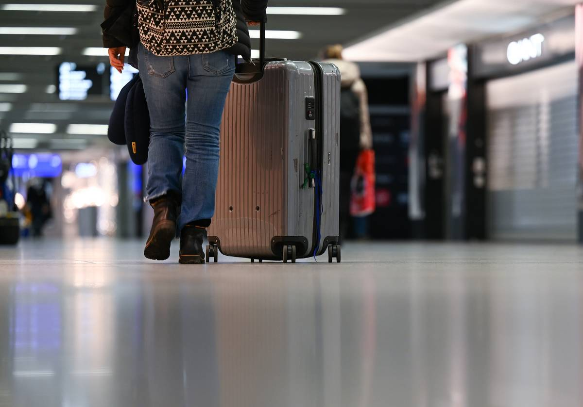 March Is The Time To Update Travel Luggage