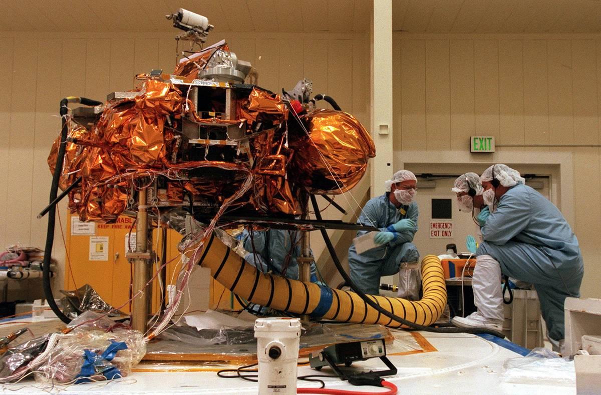 Metric Vs. Imperial System Lost NASA $125 million