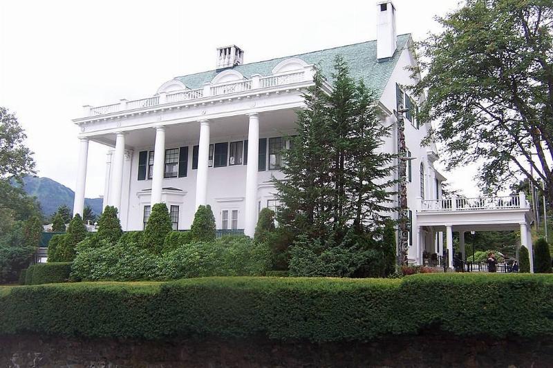 alaska-governors-mansion