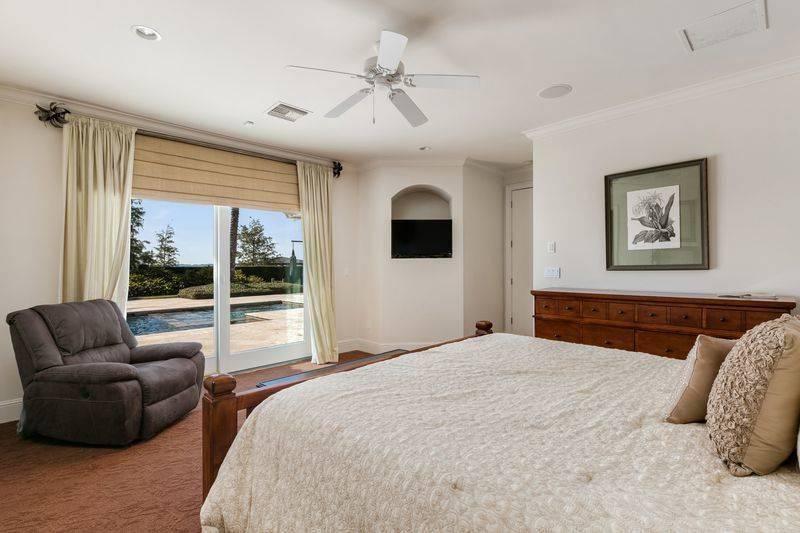shaq-bedroom-2-96301