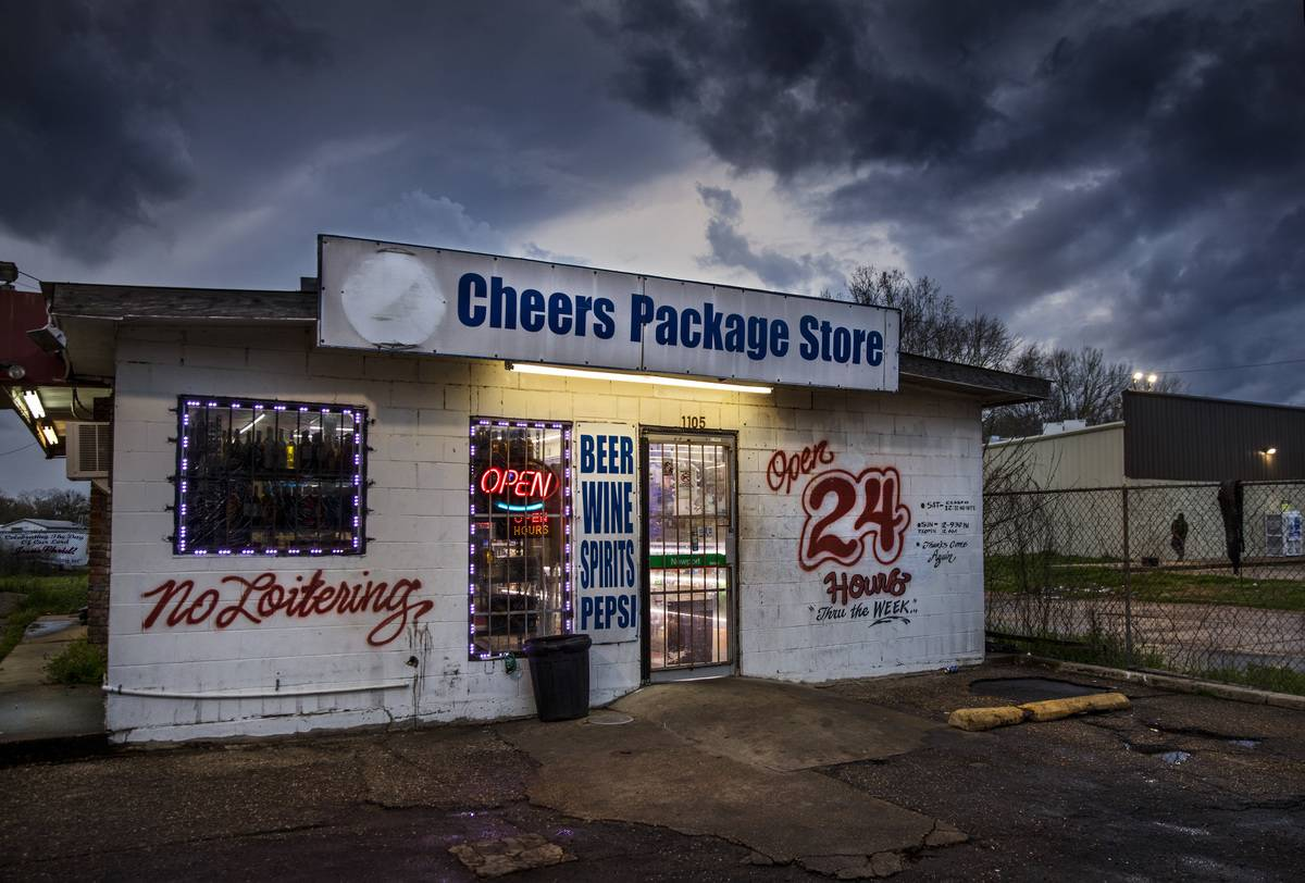 Shop Selling Alcohol By The Rail Tracks Selma