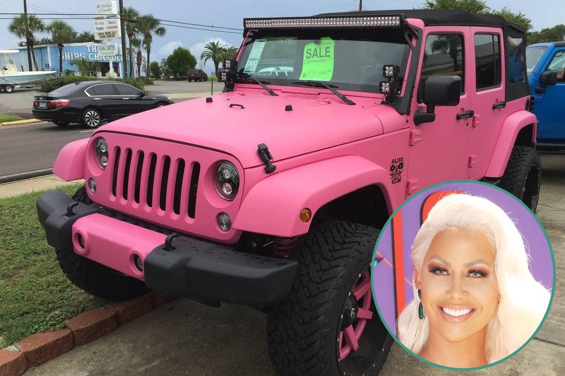 Amber Rose - Pink Chrome Jeep Wrangler