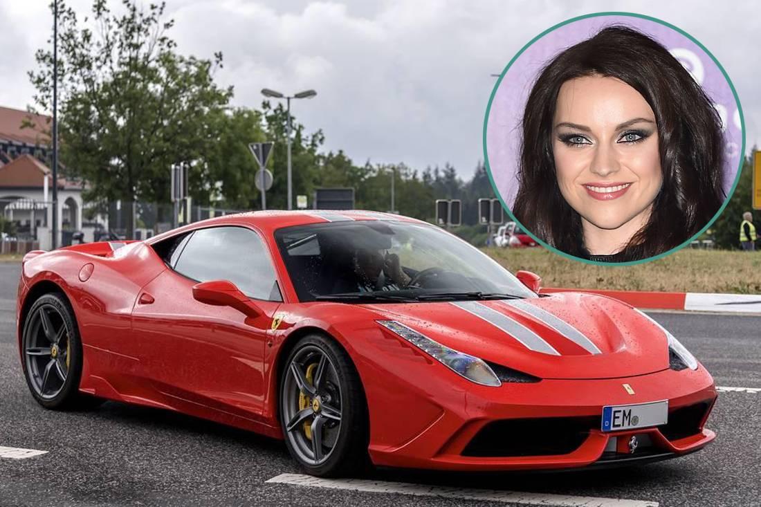Amy MacDonald - Ferrari 458 Speciale